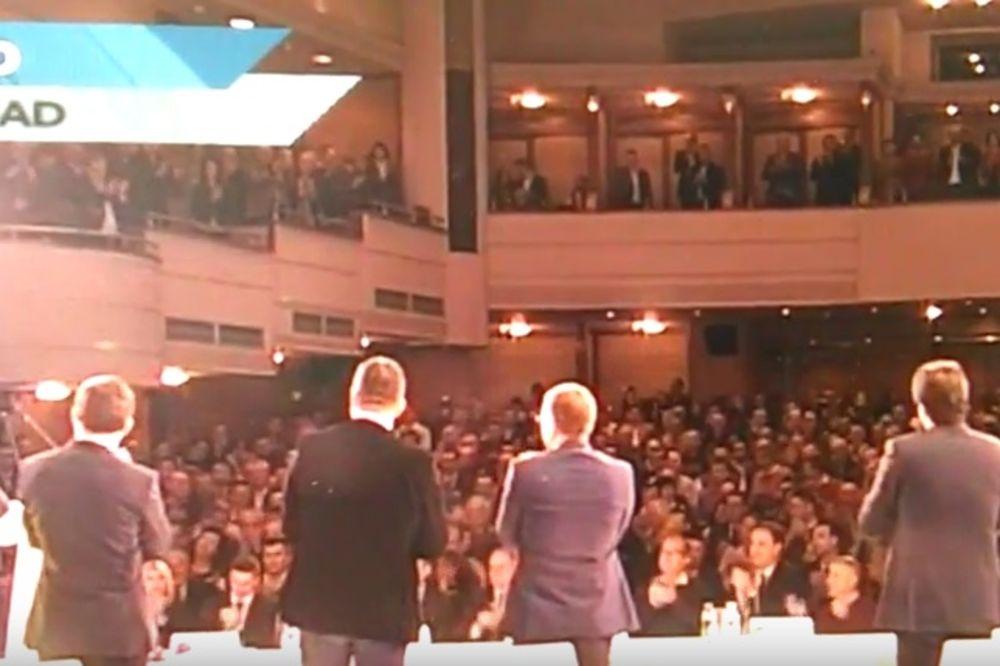 (VIDEO) Pogledajte reakciju naprednjaka pošto je Vučić rekao Moja odluka je da idemo na izbore