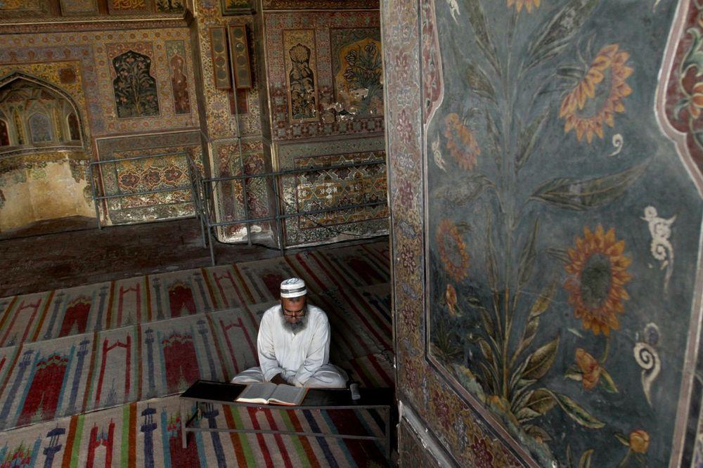 NE DOZVOLITE DA VAS LAŽU: Ovo su najveći mitovi o islamu u koje većina veruje!