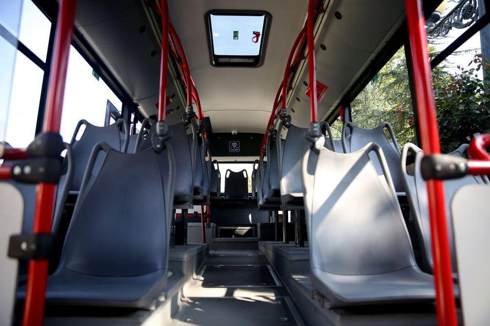 POTPISAN UGOVOR: GSP nabavlja još 10 solo, a na čekanju još 30 duplih autobusa