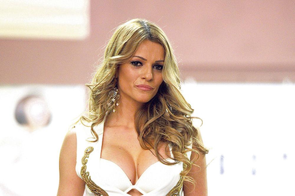 EKSKLUZIVNO: Jelena Kostov trudna!