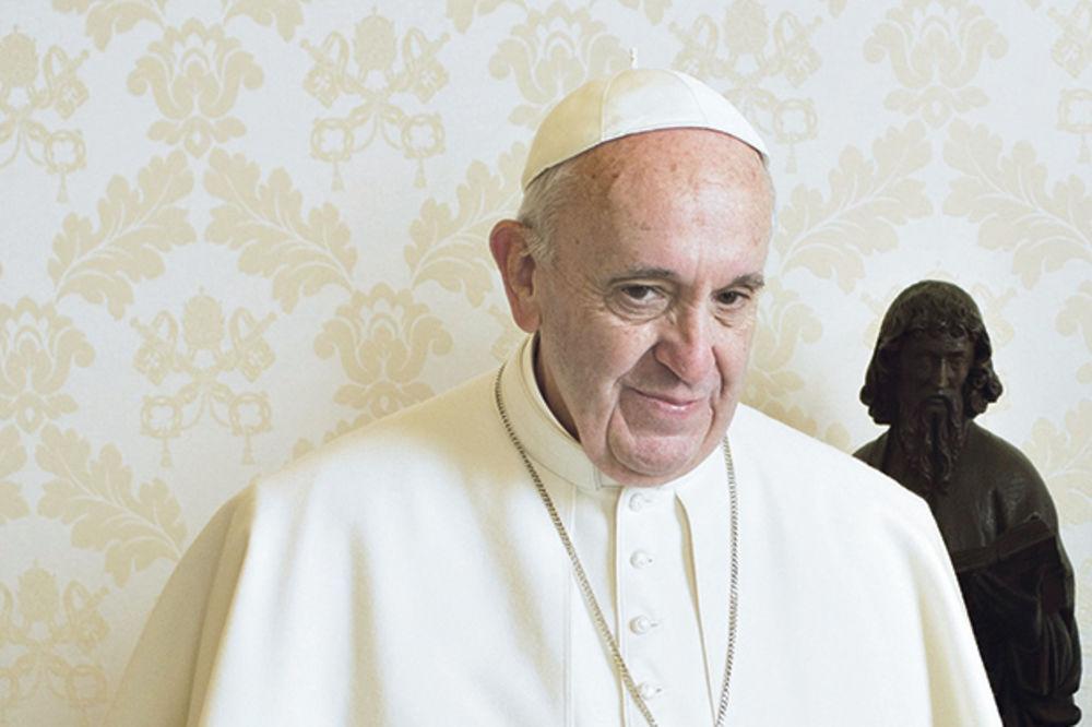 (VIDEO) VIP PAPA: Papa Franja glumiće u filmu samog sebe