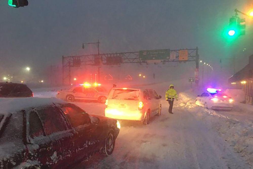 Njujork je blokiran i pod vanrednim stanjem (Foto: Reuters)