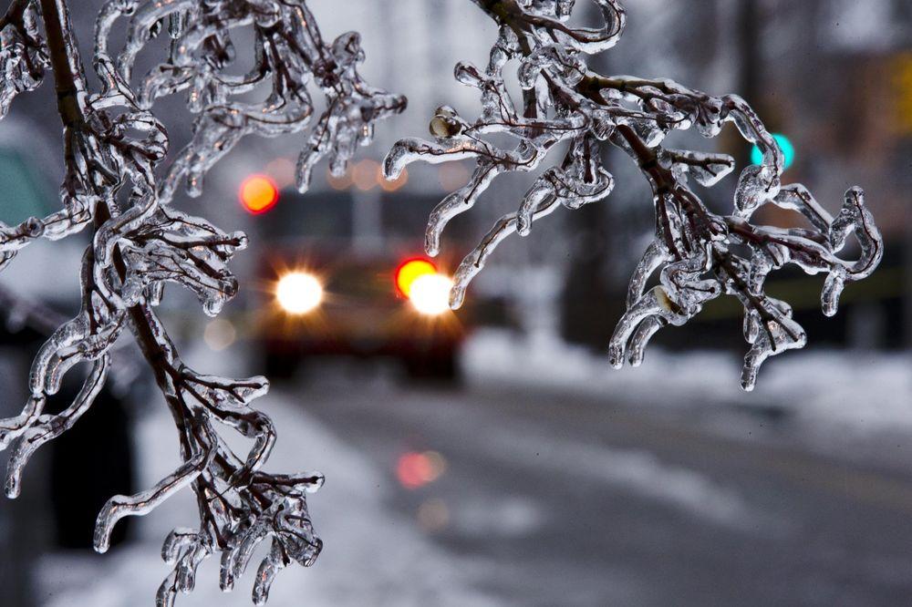 VOZAČI, OPREZ: Poledica zbog nižih temperatura tokom večeri