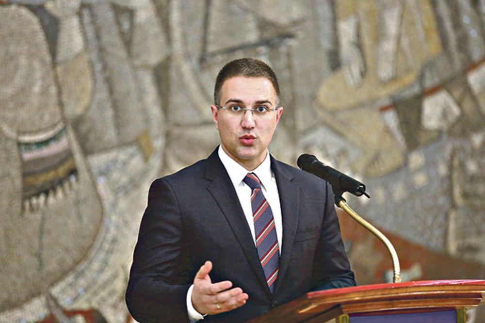 STEFANOVIĆ: Oko 120 osoba sprečeno da ode u Banjaluku
