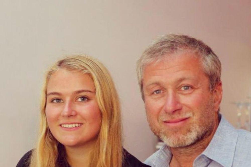 SOFIJA LEPŠA NEGO IKAD: Pogledajte kako izgleda ćerka vlasnika Čelsija