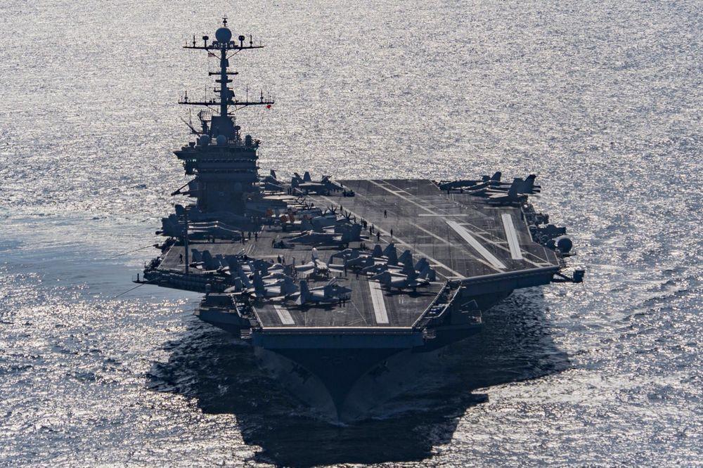 RUSKI ADMIRAL OTKRIO: Američki razarač nije slučajno prišao našem brodu! Imao je specijalni zadatak