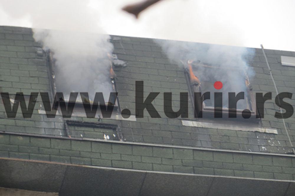 (FOTO) POŽAR U NIŠU: Gori stambena zgrada, jedna osoba povređena