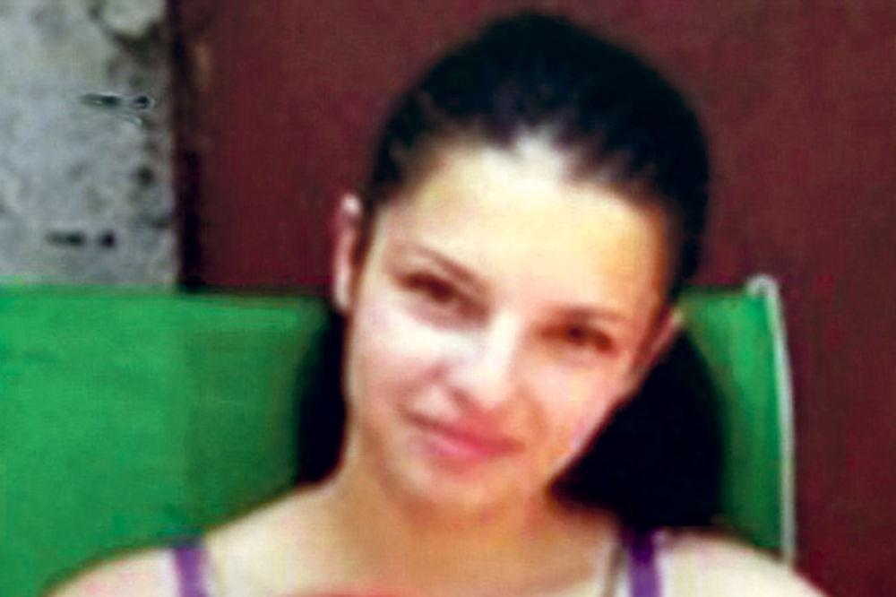 MAJKA MONSTRUM: Pedofili joj dali 14.000 dolara da zlostavlja svoju bebu