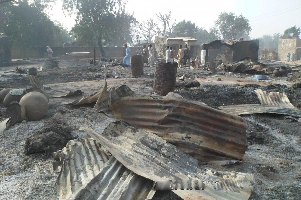 KRVOPROLIĆE U NIGERIJI: Islamisti ni decu nisu štedeli, zapalili celo selo, 86 mrtvih
