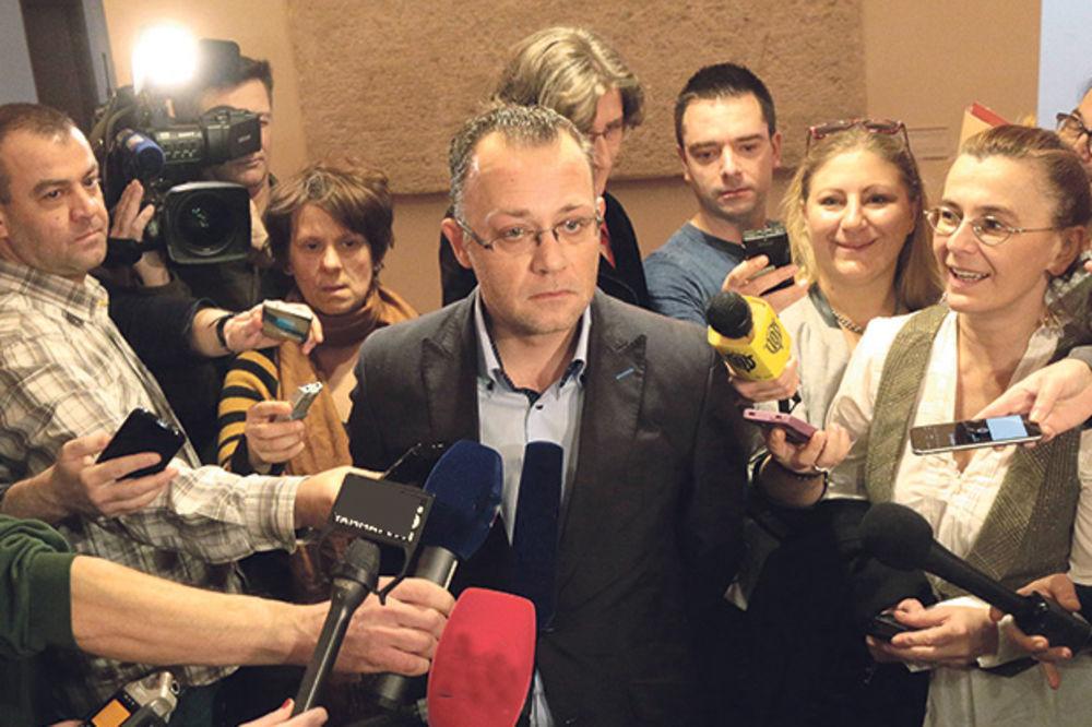 Mediji traže ostavku Zlatka Hasanbegovića