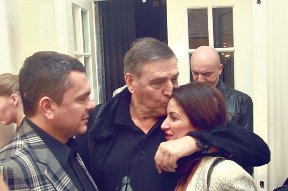 VOLI I DIZAJNERKE: Milutin Mrkonjić navalio na Suzanu Perić