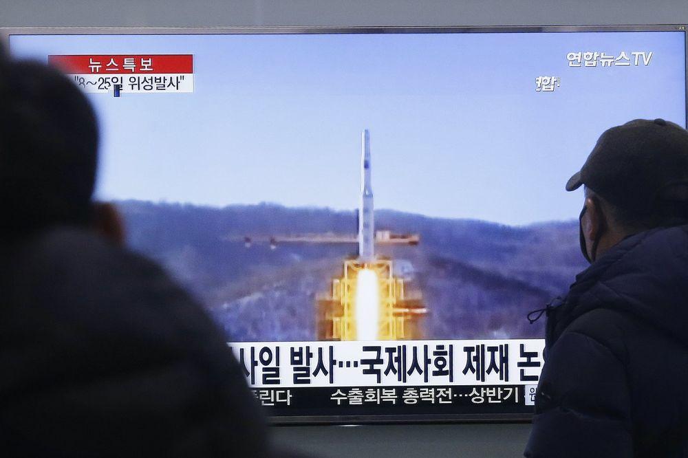 KIM OPET PRETI RAKETAMA: Japan stavio vojsku u pripravnost, Seul upozorava!
