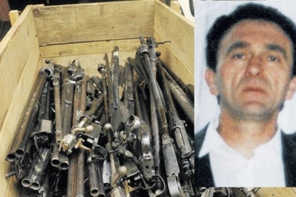 ŠVERCOVAO ORUŽJE UOČI NAPADA U PARIZU: Vlatko Vučelić priznao da je krijumčario kalašnjikove i bombe