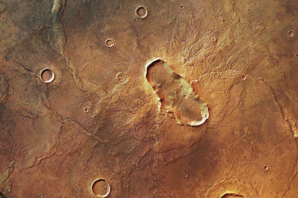 (VIDEO) ANALIZIRANE NEOBIČNE NASLAGE: Naučnici pronašli dokaze da je život postajao na Marsu?