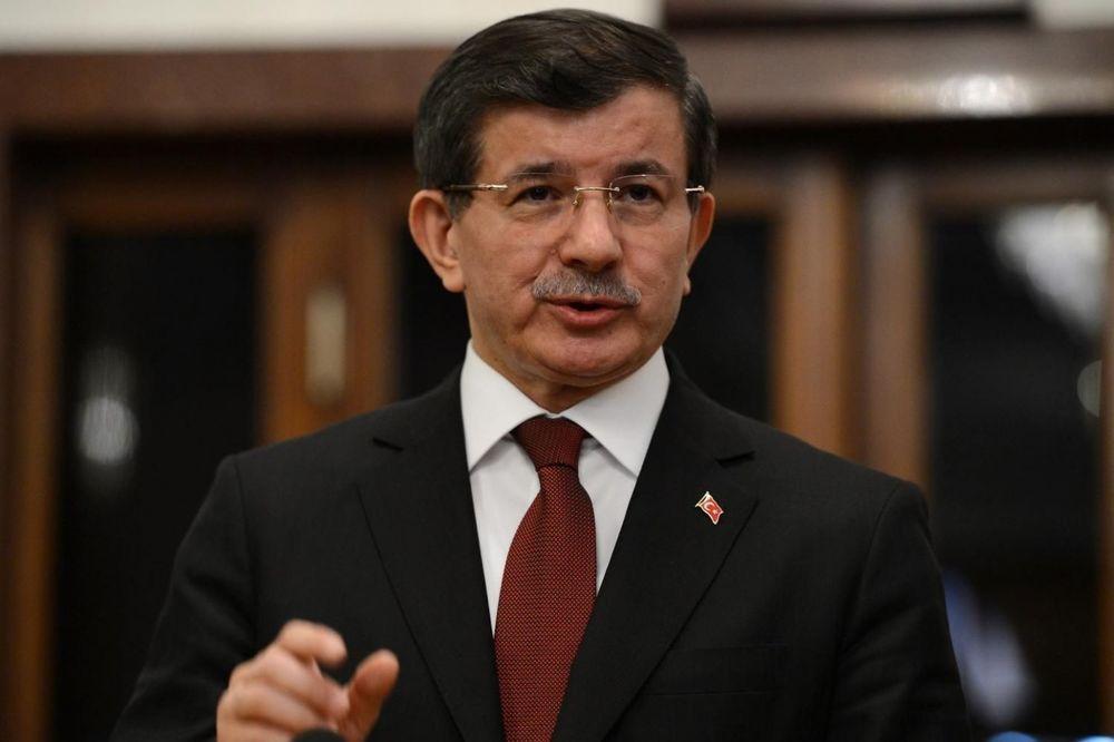 DAVUTOGLU: Preduzećemo vojnu akciju protiv sirijskih Kurda