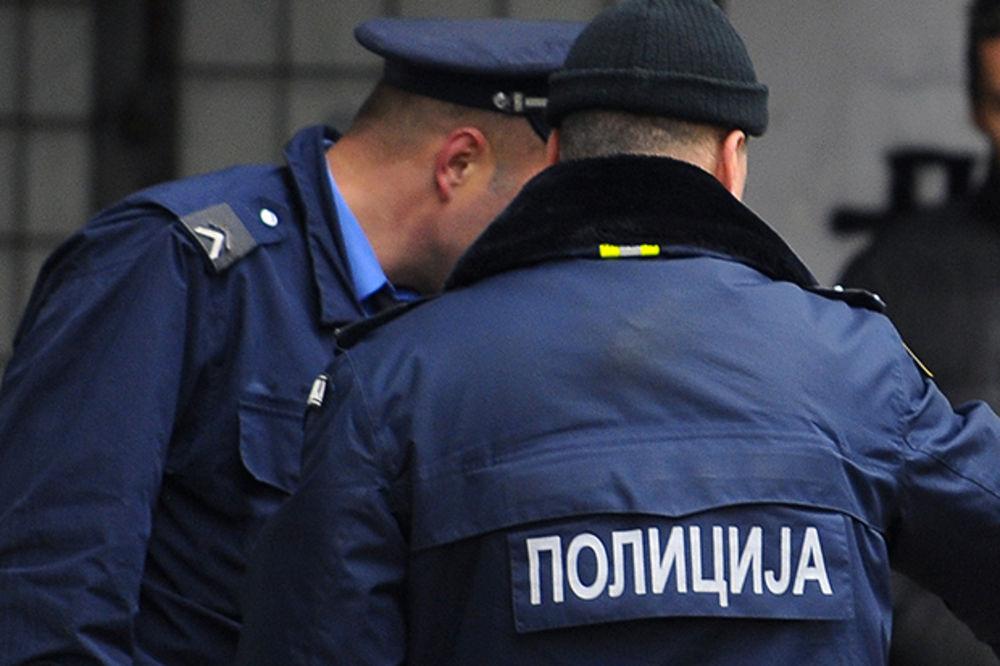 PRESEČEN KRIJUMČARSKI KANAL: Policija kod Preševa pronašla 29 migranata