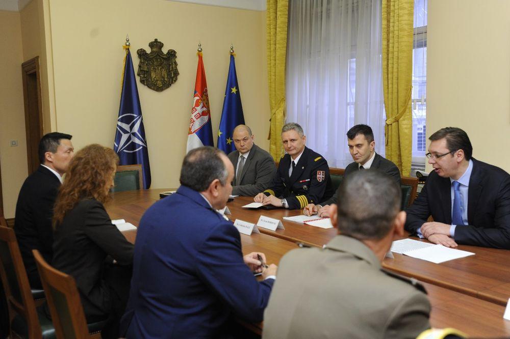 SASTANAK SA KOMANDANTOM NATO: Vučić s Bridlavom o ulozi Kfora