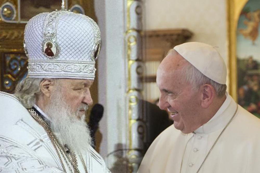 HRIŠĆANI SE UJEDINJUJU: Papa Fanja i patrijarh Kiril potpisali deklaraciju o verskom jedinstvu!