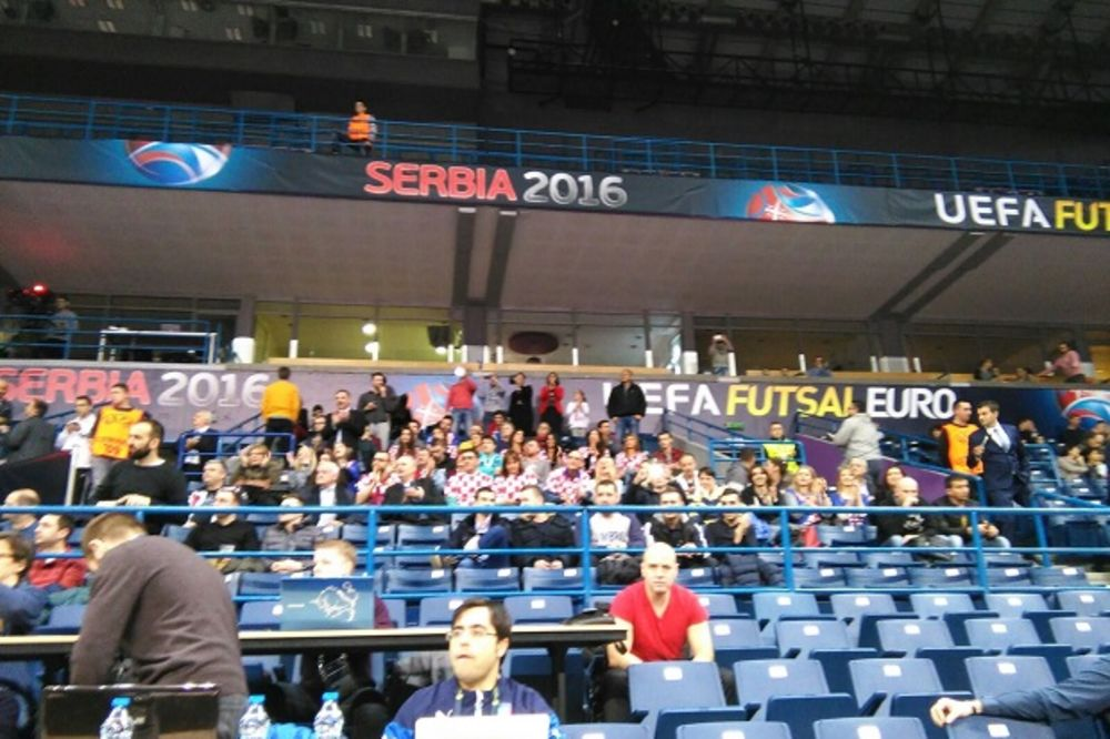(FOTO) DOBILI APLAUZE: Hrvati u beogradskoj Areni kao kod kuće