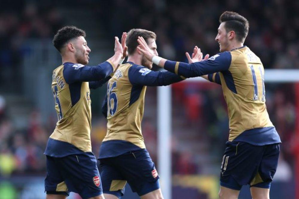 (VIDEO) TOBDŽIJE PREKINULE SERIJU NEUSPEHA: Dva gola za dva minuta za pobedu Arsenala
