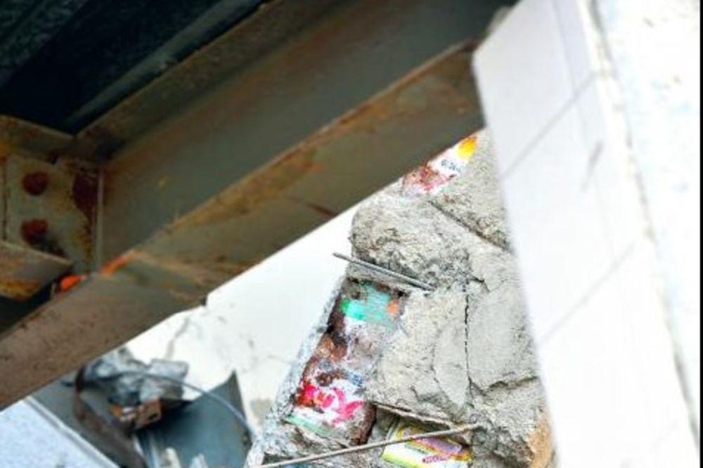 ZEMLJOTRES OTKRIO SRAMOTU: Zgrada koja se srušila imala konzerve u zidovima!