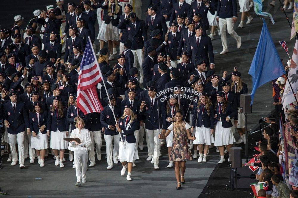 AMERI SE PLAŠE KOMARACA: Sportisti iz SAD odustaju od OI u Riju