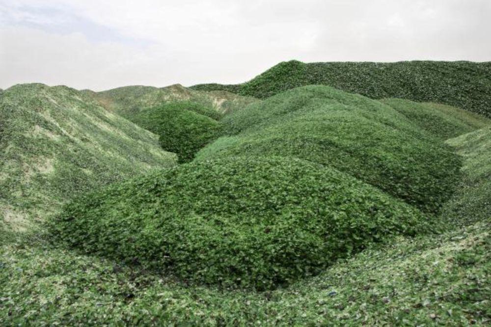 (FOTO) NADREALNA BRDA: Planine od stakla u Izraelu izgledaju kao da su sa druge planete