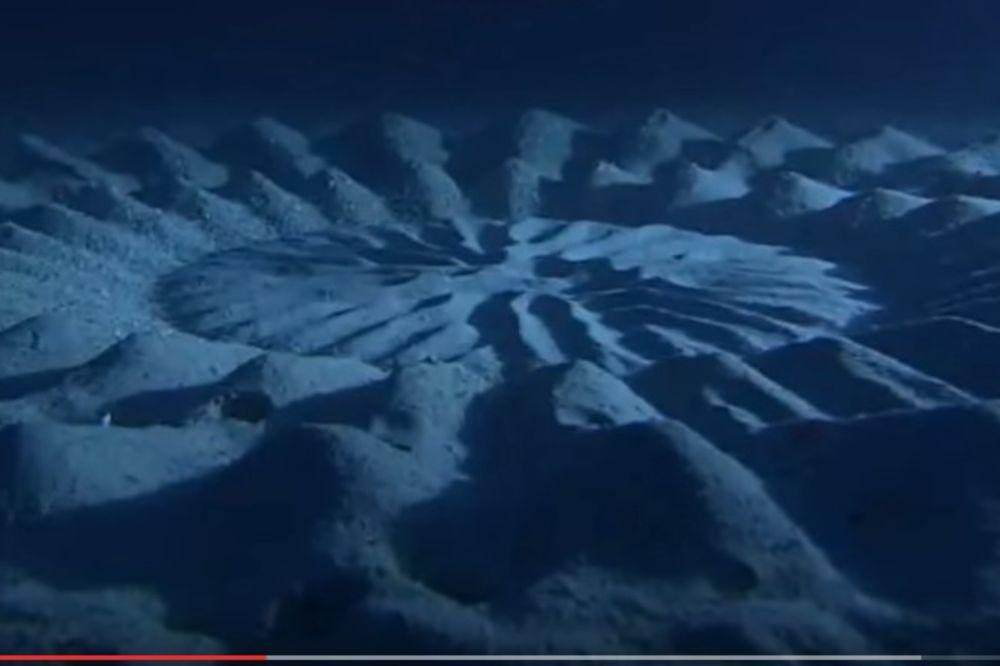 (VIDEO) IZNENADIĆETE SE: Evo ko je stvorio ove misteriozne šablone na dnu okeana