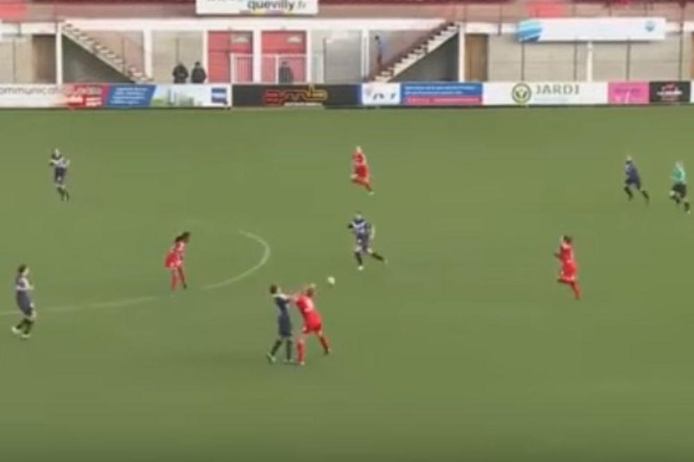 (VIDEO) NEVEROVATNE SCENE NA MEČU U FRANCUSKOJ: Žestoka tuča fudbalerki Ruena i Bordoa