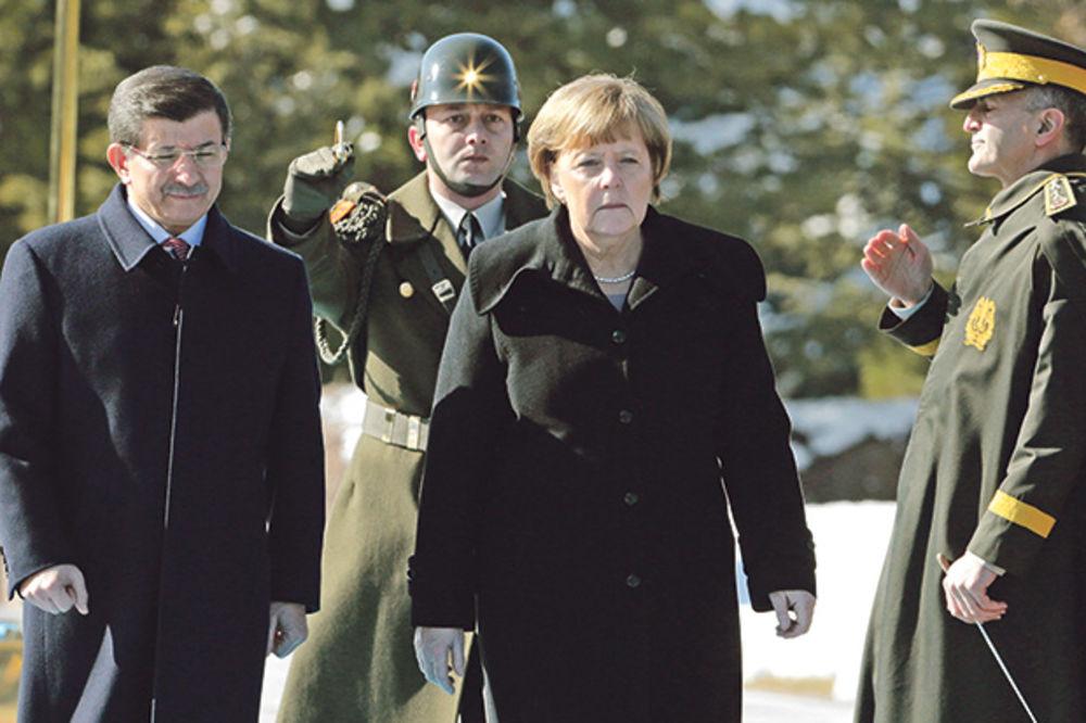 Angela Merkel: Užasno je koliku patnju Rusi izazivaju u Siriji!