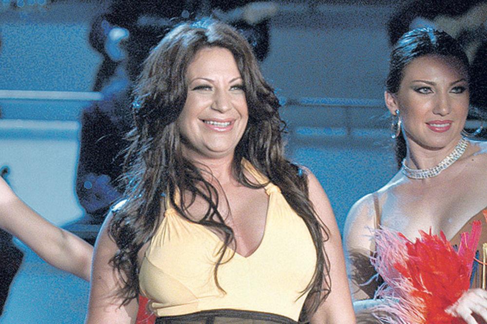 KAD MOŽE MARIJA MOGU I JA Stoja: Hoću i ja da pevam u Narodnom pozorištu!