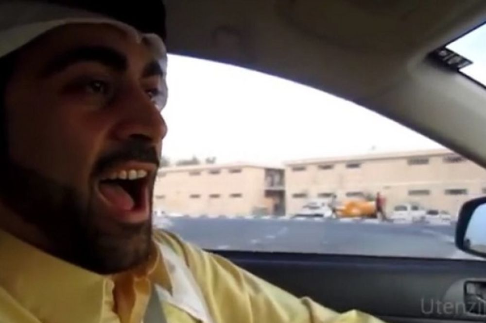 (VIDEO) RASTURIO INTERNET: Šeik iz Dubaija peva hitove Halida Bešlića i Dina Merlina