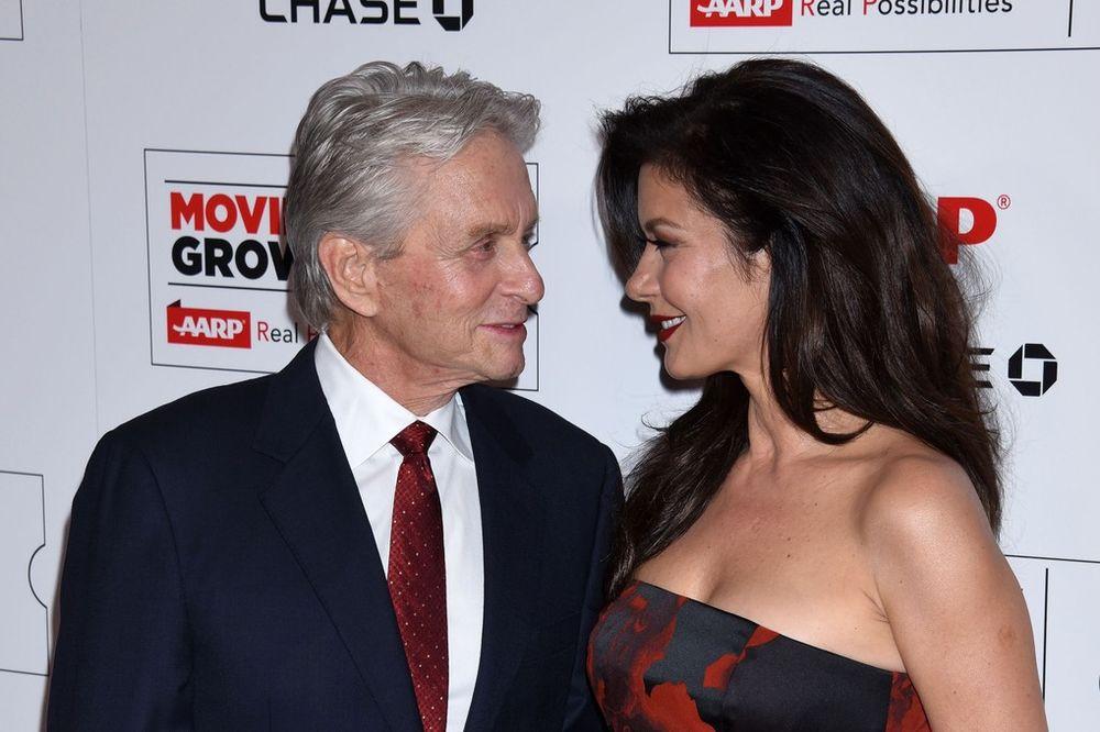 LJUBAV GODINE NE BROJI: Njoj je 46 a njemu 71 i jedan su od najlepših parova Holivuda