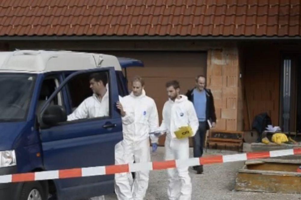 (FOTO) UŽAS U AUSTRIJI: Dete (2) pronađeno krvavo u kadi, otac se obesio!