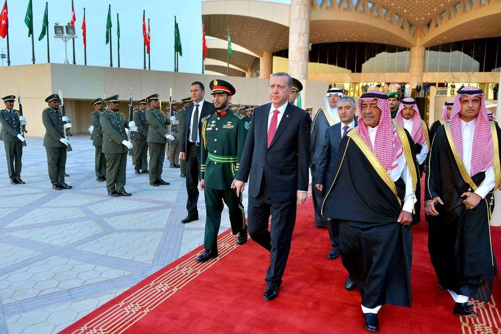 BLIŽI SE TRENUTAK ODLUKE: Da li će Saudijska Arabija i Turska zaista izvršiti invaziju na Siriju?