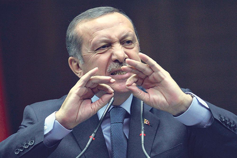 TURSKA ZARATILA I SA RUSIMA I SA AMERIKANCIMA: Nepromišljene odluke vlasti guraju zemlju u krizu