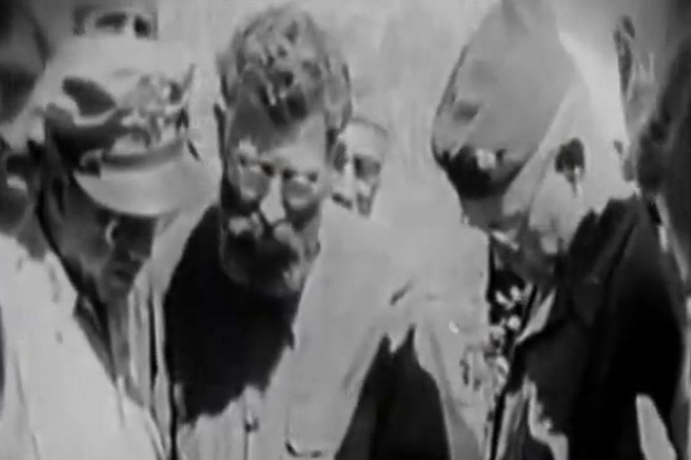 EKSKLUZIVNI VIDEO KOJI JE BIO TAJNA 50 GODINA: General Draža 1944. čisti pušku sa vojnicima!