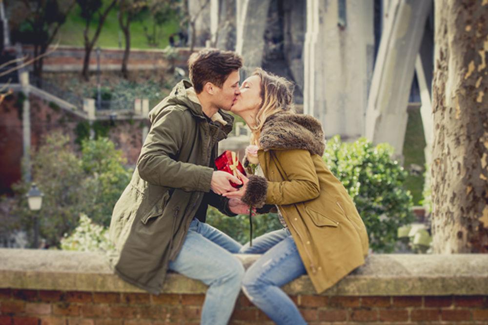 PSSST: 3 stvari o vezi koje ne treba da delite ni sa prijateljicama