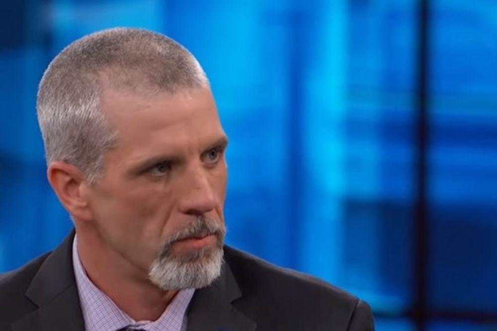 (VIDEO) JEZIVO: Na TV saznao da mu je ćerka (13) ubijena jer su policajci zaboravili da mu kažu!