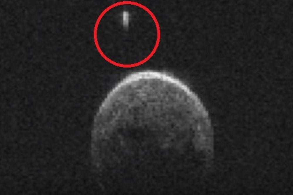 (VIDEO) NASA KRIJE POSTOJANJE VANZEMALJACA? Snimljen 70 metara dugačak NLO kako leti blizu Zemlje!