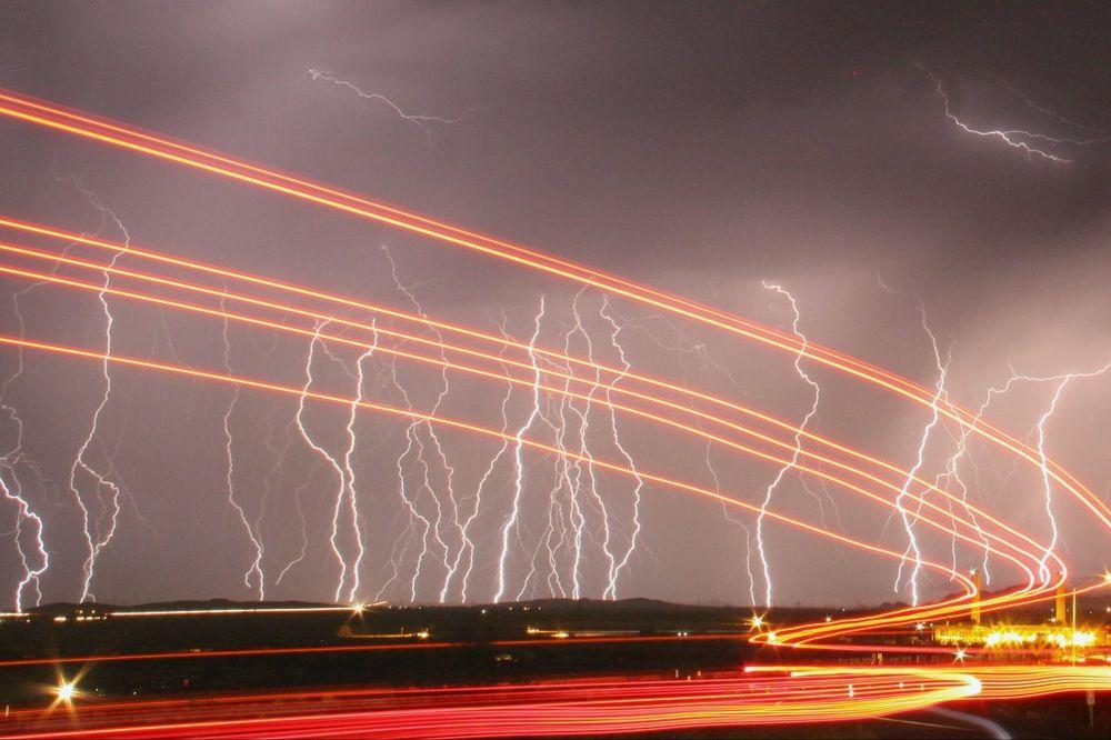 (FOTO) FANTASTIKA POSTALA STVARNOST: Ovo je 5 najopasnijih oružja budućnosti