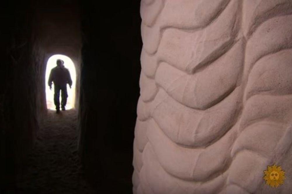 (VIDEO) 1990. GODINE IZOLOVAO SE U PUSTINJI: 25 godina kasnije, otkriveno je ovo! Neverovatno!