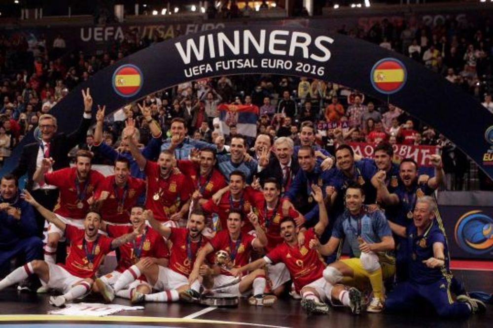 (VIDEO) RUSIMA PRIPALO SREBRO: Španci sedmi put u istoriji evropski šampioni!