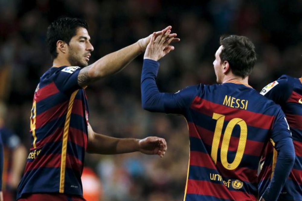 (VIDEO) MAJSTORIJA: Barselona zgromila Seltu uz het-trik Suareza posle asistencije Mesija sa penala