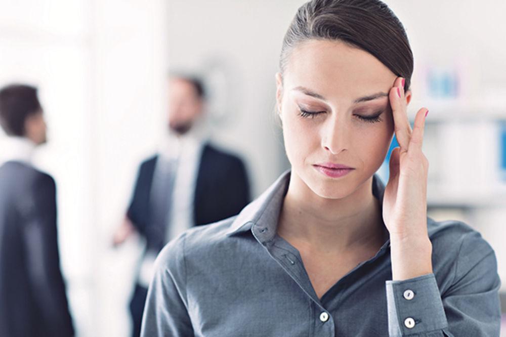 (VIDEO) POMOZITE SEBI: Blagotvorna masaža koja trenutno pomaže i kod najjače glavobolje