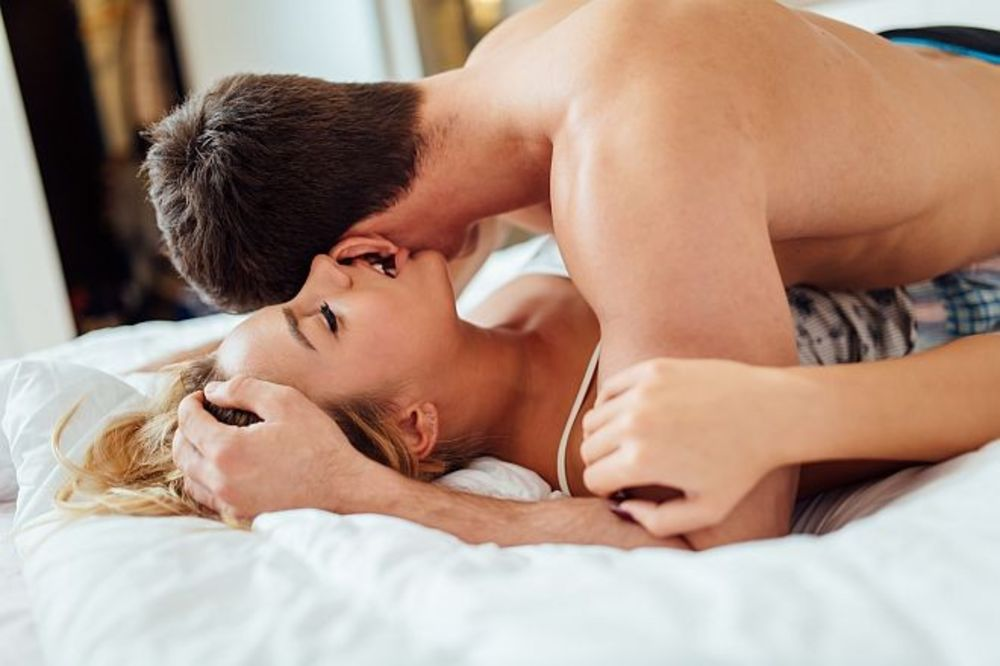 seks, poze, poze u seksu, Foto Shutterstock