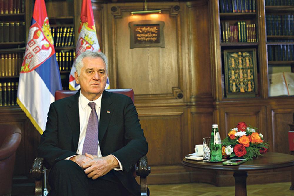 TUGA U MAKEDONIJI: Predsednik Nikolić uputio saučešće Ivanovu i porodicama poginulih