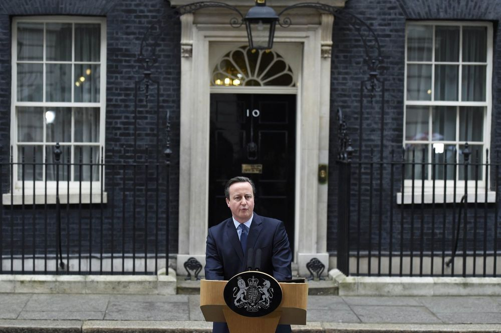 KAMERON STIGAO U BRISEL Poručio: Britanija ne sme da okrene leđa Evropi