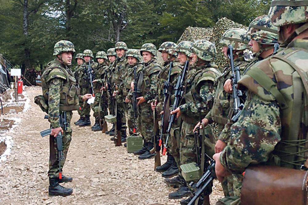 PRIPRAVNOST NA GRANICAMA: Srbija šalje vojsku na migrante!