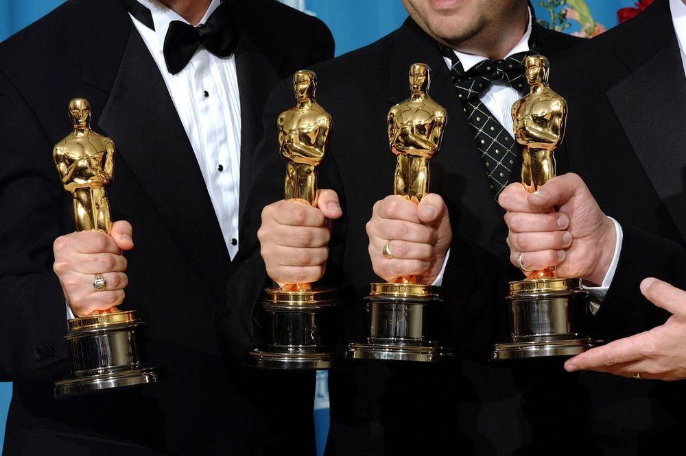 (FOTO) ONI BAŠ NEMAJU SREĆE: Ovo su glumci za koje ste sigurno mislili da imaju Oskara
